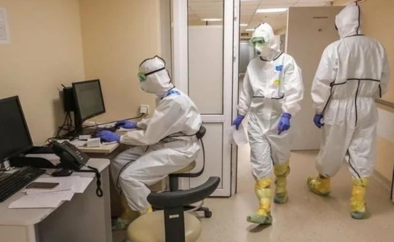 """""""Что-то есть такое"""". Российские врачи заметили странность с коронавирусом и курением"""