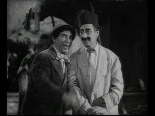 LOS HERMANOS MARX Una noche en Casablanca