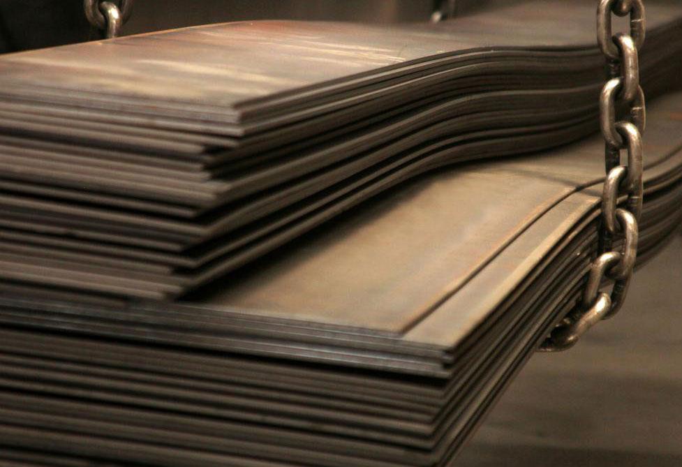 Компоненты стальной рамы могут быть выполнены из стального листового металла.