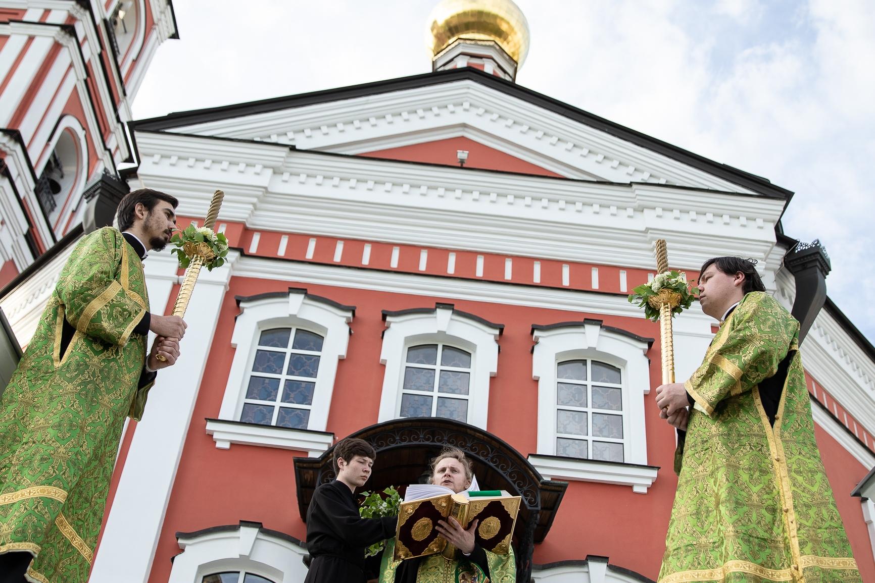 В Обители встретили престольный Праздник Святой Троицы, изображение №3