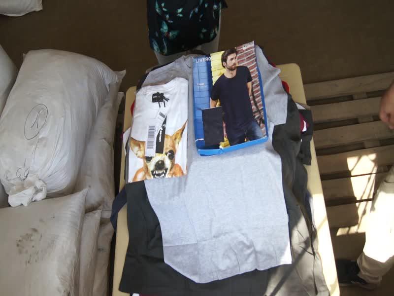 MEN T-SHIRTS NEW!!Мужские футболки(новые) вес 13,4 кг,стоимость 16900 рублей,с/с=250 руб.