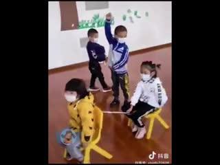 детский сад в Китае))