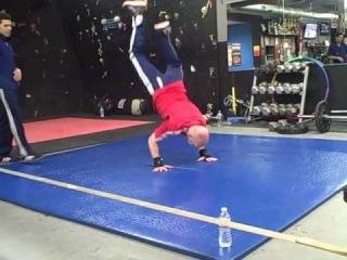 | << Bboy Shorty Brick Trains Beginning Breaker Ben Hart (age (55) for His First Battle | Break Dancing| <<