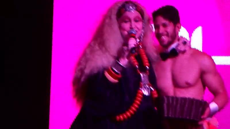 Elke Maravilha no Qube Club em Divinópolis - www.fervecao.com