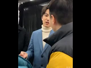 (Video Cr_ McDimash)  Dimash chatted with the director of _Vanguard_, he said he ( 600 X 480 ).mp4