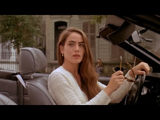 """Ван Дамм защитил девушку у бара. """"Трудная мишень"""" 1993 год."""