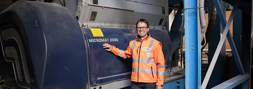 Шредер LINDNER MICROMAT переработка газеты, изображение №1