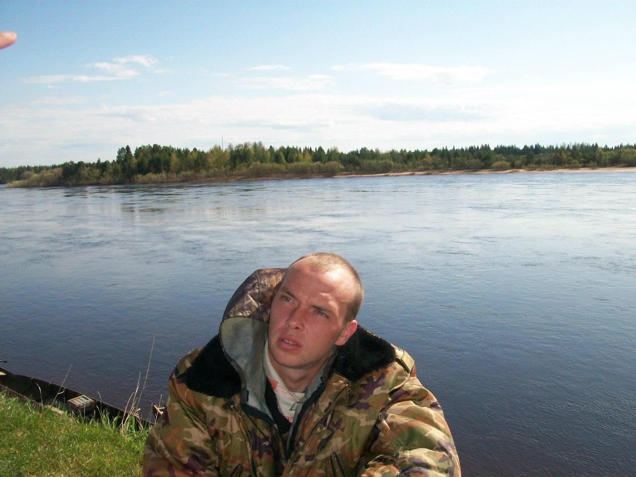 Юрий, 33, Arkhangel'sk