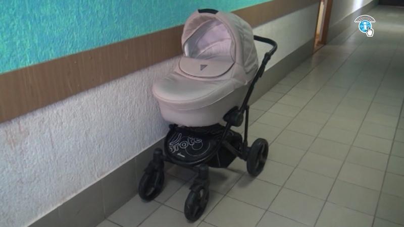 Курянина задержали за кражу детской коляски