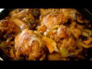 Курочка по-восточному ( с шиитаке в соевом соусе)