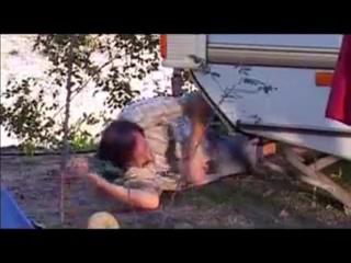 Le Camping Des Foutriquets / Кемпинг сопляков (2007)