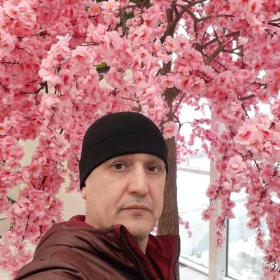 Рустам Кадамов