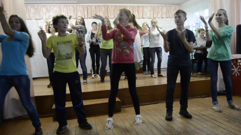 Танец от отряда Дружбанчики