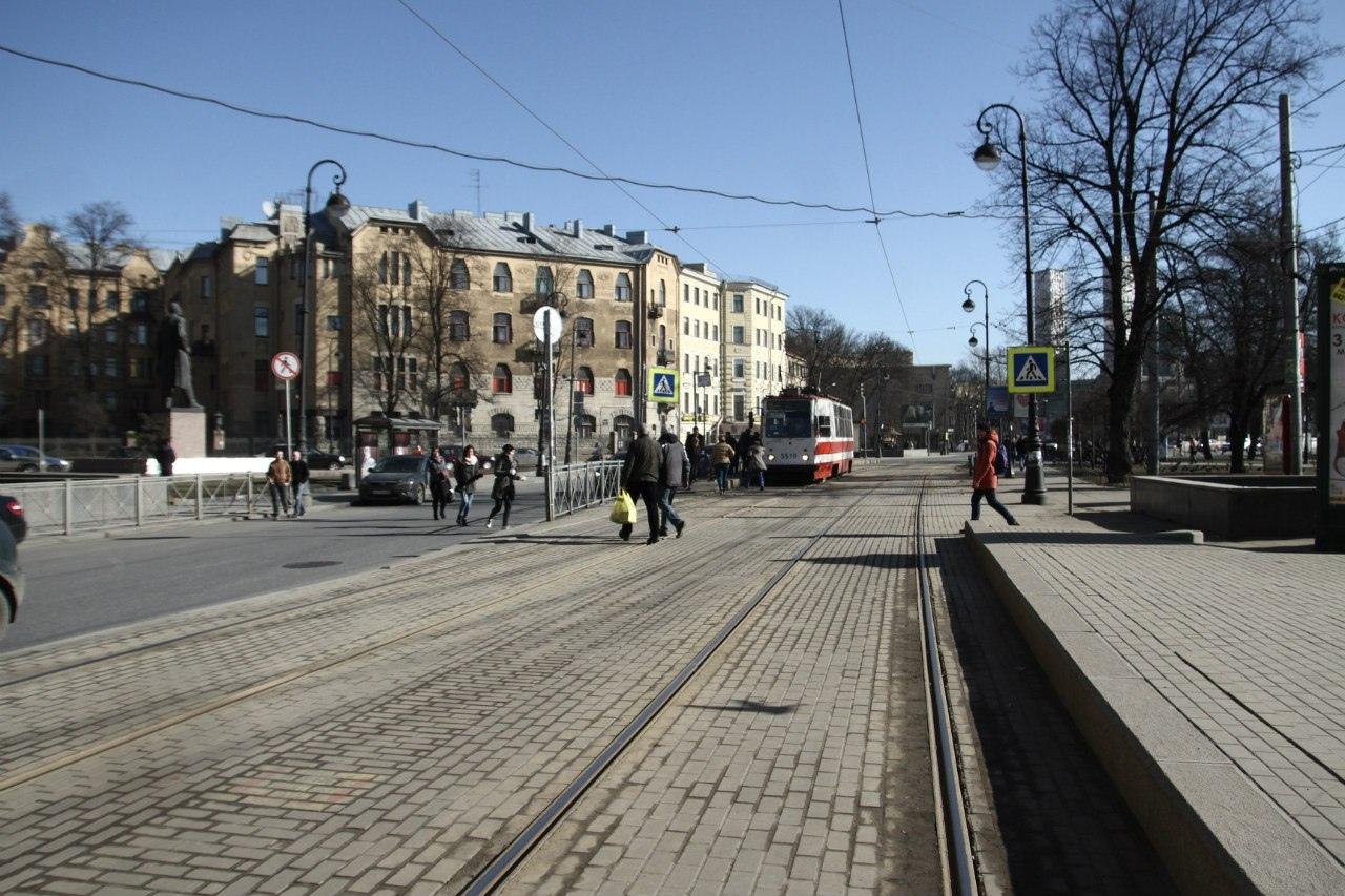 Длинный путь к изменениям: как можно улучшить город для пешеходов, изображение №7