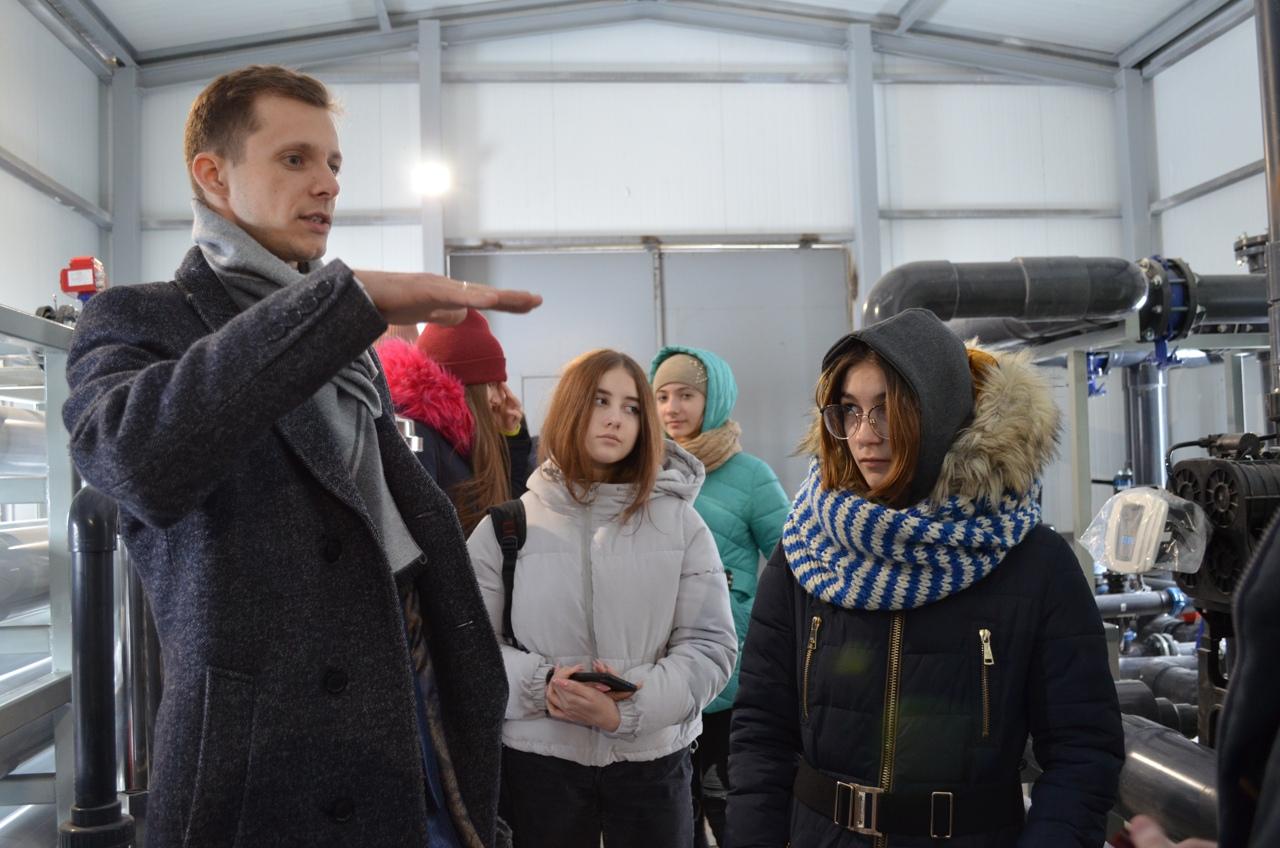 Саратовские школьники побывали на станции обезжелезивания воды в Петровске