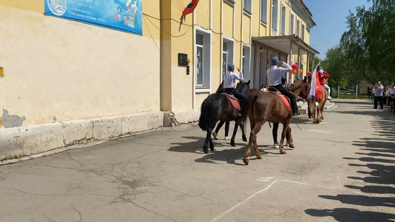 Парад Победы в 21 школе