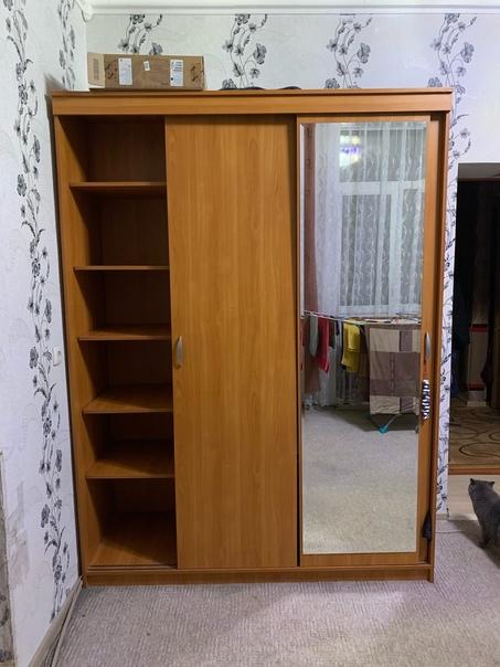 Шкаф 3-ех створчатый Глубокий В идеальном состояни...