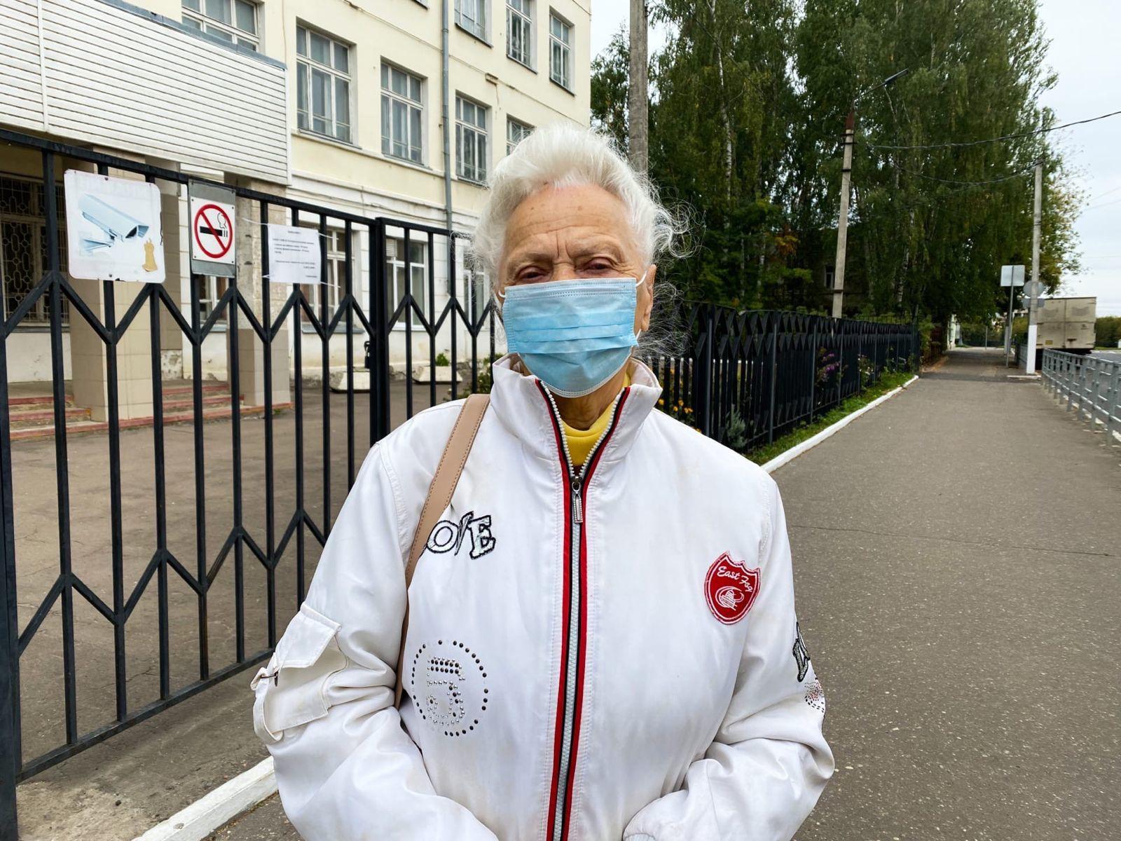 В завершающий день голосования избирательный участок посетил Спартак Андреевич Сычев