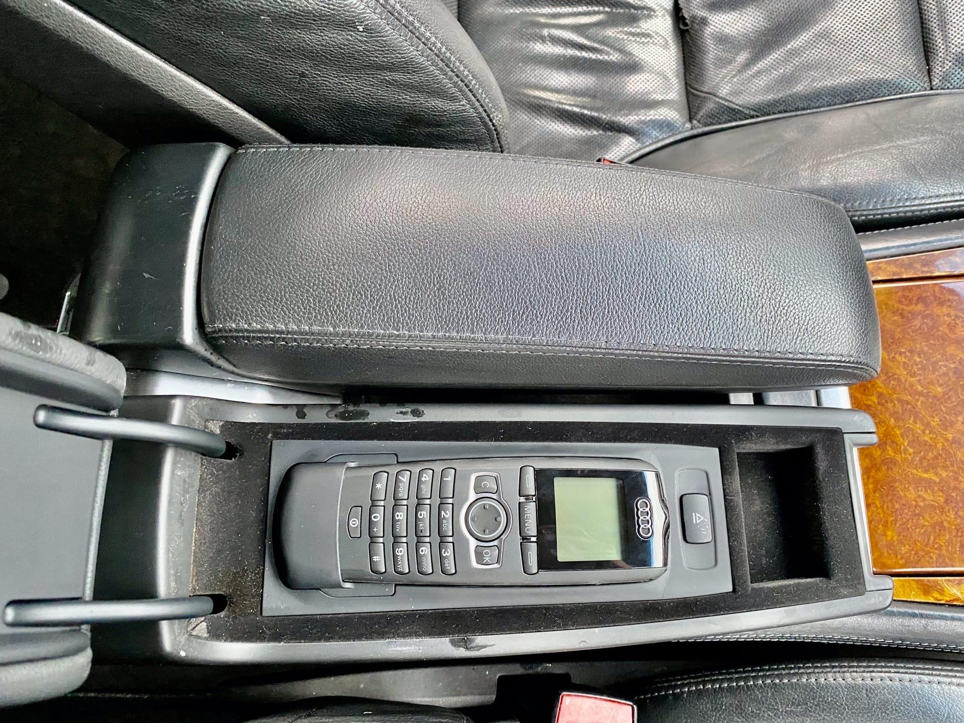 Продам Ауди А8 6,0 W12 LONG в идеальном состоянии!