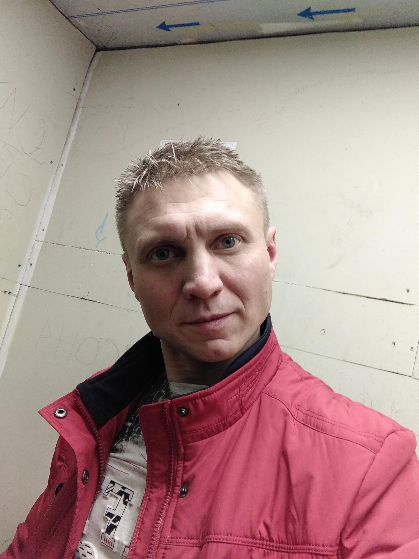 Роман, 41, Ramenskoye