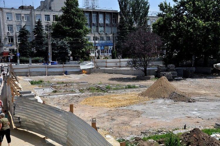 Как выглядит площадь Куйбышева в Симферополе во время ремонта