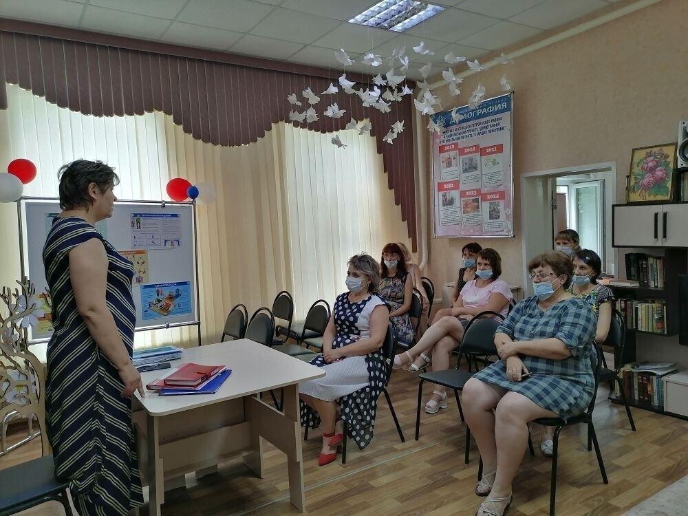 Специалисты управления Пенсионного фонда ведут информационно-разъяснительную работу с коллективами организаций Петровска