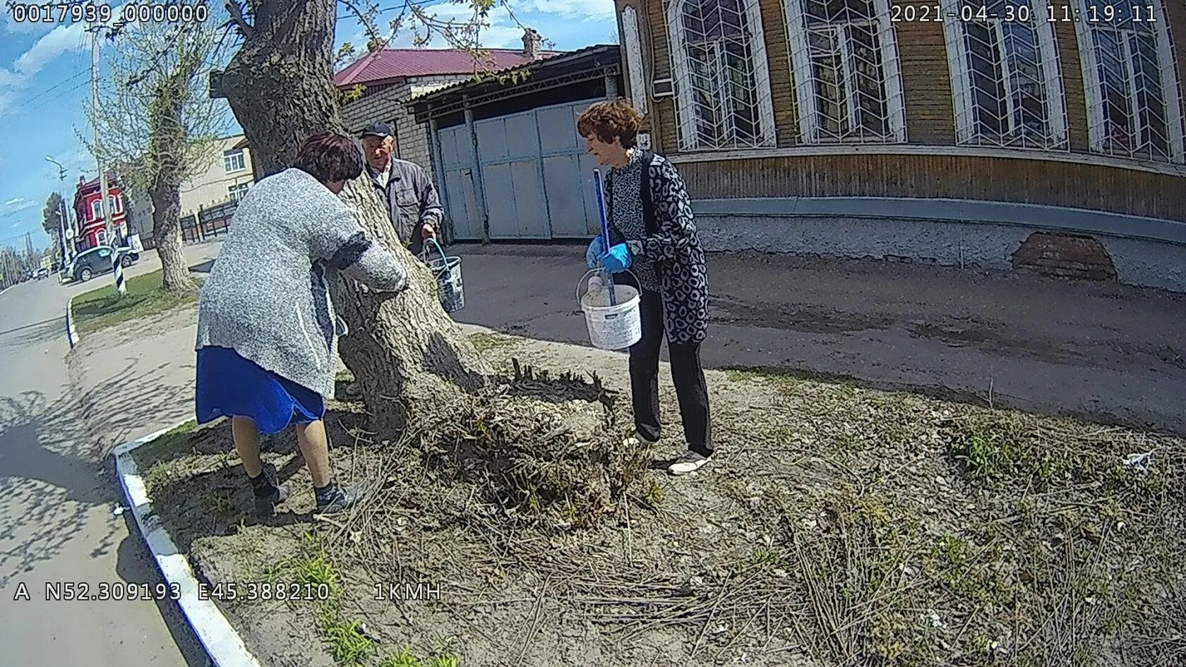 Административная комиссия проверила санитарное состояние территорий городских организаций и предприятий
