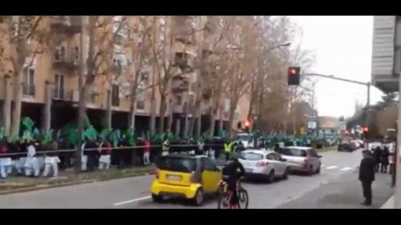 Das ist nicht Saudi-Arabien das ist Bologna in Italien