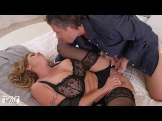 Муж трахнул зрелую жену в сексуальном белье, wife sex porn milf mature ass tit boob busty love woman fuck hd cum (hot&horny)