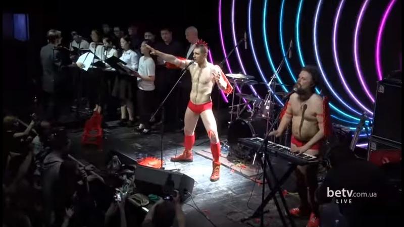 Хамерман Знищує Віруси Турничок на бис Шоу Год Хамермана по китайскому календарю